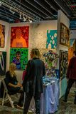 Manhattan New York City, NY, Förenta staterna - April 7, 2019 Artexpo New York, modern och samtida konstshow, pir 90 arkivbild