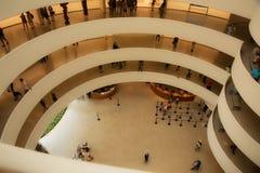 Manhattan New York, USA, 07 19 2017: det Guggenheim museet på Central Park Royaltyfri Bild