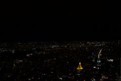 Manhattan - New york - Vue depuis l& x27;empire state building de nuit. Vue sur Manhattan la nuit depuis l& x27;empire state building royalty free stock image