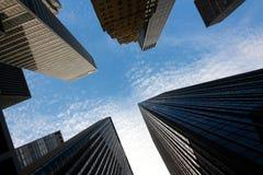 manhattan nya skyskrapor york Royaltyfria Bilder