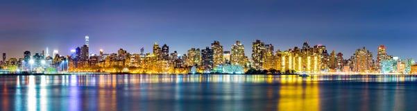 Manhattan-Oberleder-Ostseitenskyline stockbild