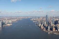 Manhattan och Jersey från över, USA Royaltyfri Bild