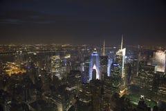 Manhattan par nuit Photographie stock libre de droits