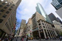 Manhattan-Schnitt und -wolkenkratzer Lizenzfreie Stockfotos