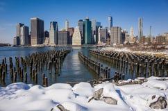 Manhattan-Skyline mit dem einem World Trade Center-Errichten Stockfotos