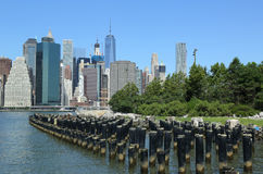 Manhattan skyline panorama from Brooklyn Bridge Park Stock Photo