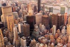 Manhattan-Skyline am Sonnenuntergang Lizenzfreie Stockfotos
