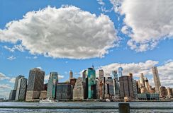Manhattan-Skyline und Wolken, New York City, USA Lizenzfreie Stockfotos