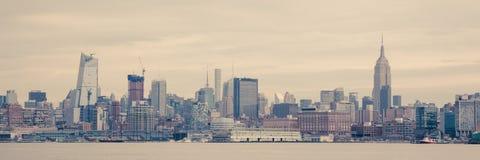 Manhattan-Skyline von Hoboken Stockbilder