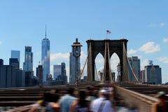 Manhattan und Brooklyn-Brücke Freedom Tower Zeichen, Ziegelsteine, nahe der Brooklyn-Brücke Stockbild