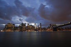 Manhattan vid natt Royaltyfria Bilder