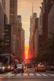 Manhattanhenge 2015 - Нью-Йорк Стоковые Фото
