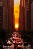 Manhattanhenge i New York City Fotografering för Bildbyråer