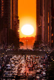 Manhattanhenge i New York City Royaltyfria Bilder