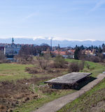 Manière devant les montagnes géantes, Jelenia Gora, Pologne Photo stock