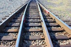 Manière ferroviaire en avant, le trafic de train photographie stock