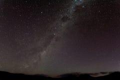 Manière laiteuse au-dessus des Andes Image stock