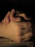 Mani che tengono le ombre Immagini Stock