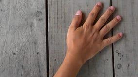 Mani coordinate nella famiglia archivi video