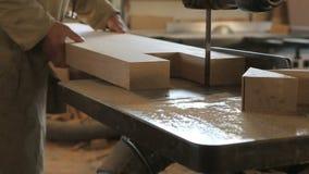 Mani da lavorare in carpenteria archivi video