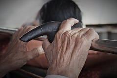 Mani dell'uomo anziano Fotografie Stock Libere da Diritti