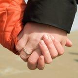 mani della holding Fotografia Stock