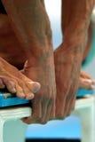 Mani di inizio di nuotata Fotografia Stock Libera da Diritti