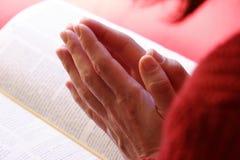 Mani di preghiera Immagini Stock Libere da Diritti