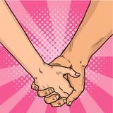 Mani di stile comico degli amanti Due amanti hanno attraversato le loro armi Giorno del `s del biglietto di S Fondo rosa Pop art  Fotografia Stock