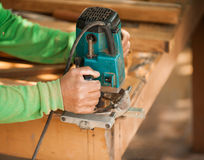 Mani di un carpentiere Fotografie Stock Libere da Diritti