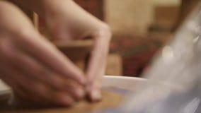 Mani di un vasaio archivi video