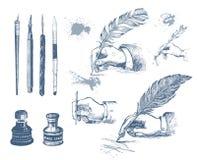 Mani disegnate a mano d'annata che scrivono con una penna della piuma Immagini Stock