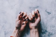 Mani e chiodi Fotografia Stock