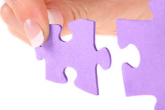 Mani e puzzle Fotografia Stock Libera da Diritti