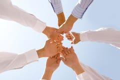 Mani insieme Fotografie Stock Libere da Diritti