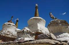 Mani Stones buddista tibetano con i mantra scolpiti a Lamayuru lunedì Fotografia Stock Libera da Diritti
