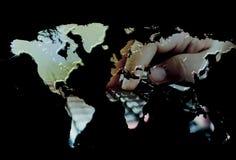 Mani sulla tastiera, entrata di dati di concetto Fotografia Stock Libera da Diritti