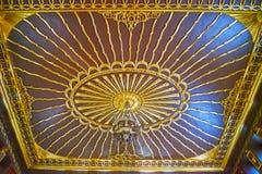 Manial宫殿清真寺,开罗,埃及被雕刻的天花板  免版税库存照片