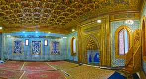 Manial宫殿清真寺,开罗, Egyp祷告大厅的全景  免版税库存照片