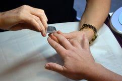 Manicure dell'unghia Immagini Stock