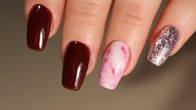Manicure di progettazione delle unghie di modo immagine stock