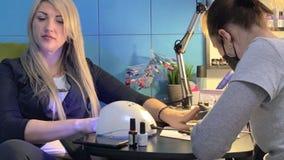 Manicure e pedicure video estoque