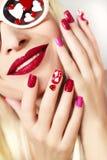 Manicure e trucco con i cuori Fotografie Stock Libere da Diritti
