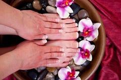 Manicure en pedicure stock afbeeldingen