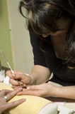 Manicure francês do prego da beleza foto de stock royalty free