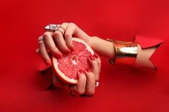 Manicure vermelho imagem de stock royalty free