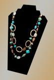 Manier Turkooise Gouden Halsband Royalty-vrije Stock Afbeelding