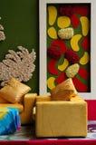 Manierbinnenland met kleurrijke muur Stock Afbeeldingen