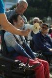 Manifest f?r unabh?ngiges Leben der Marsch von den Behindertern, die Befolgung der Rechte verlangen lizenzfreie stockfotos