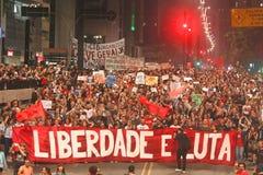 Manifest i Sao Paulo/Brasilien arkivfoton